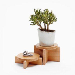 زیر گلدانی چوبی راش